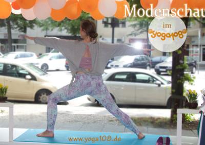 yoga108_susi_manduka