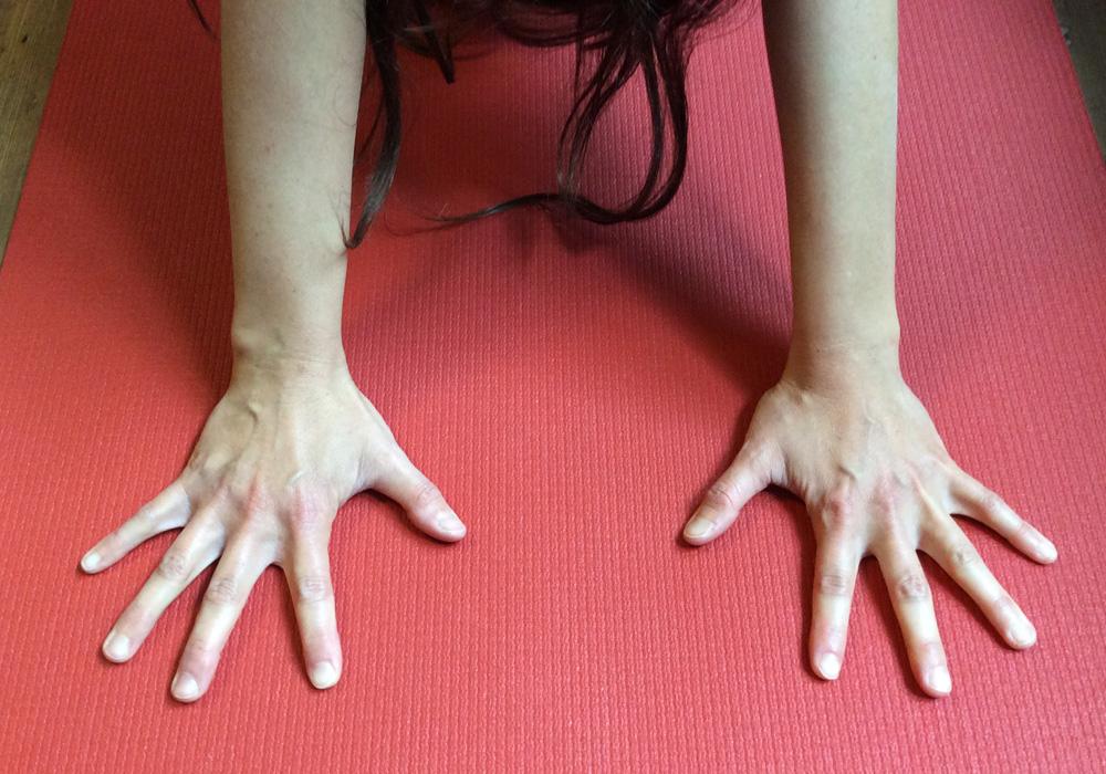 """Kein """"Rutsch-Fest"""" auf der Yogamatte"""